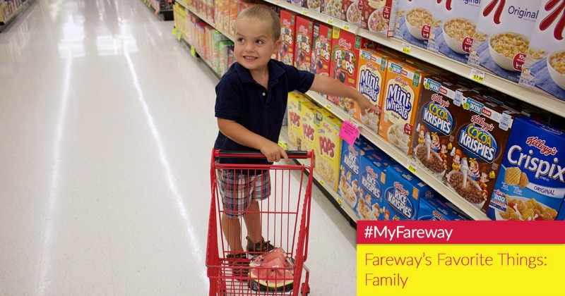 Child picks out cereal at Fareway