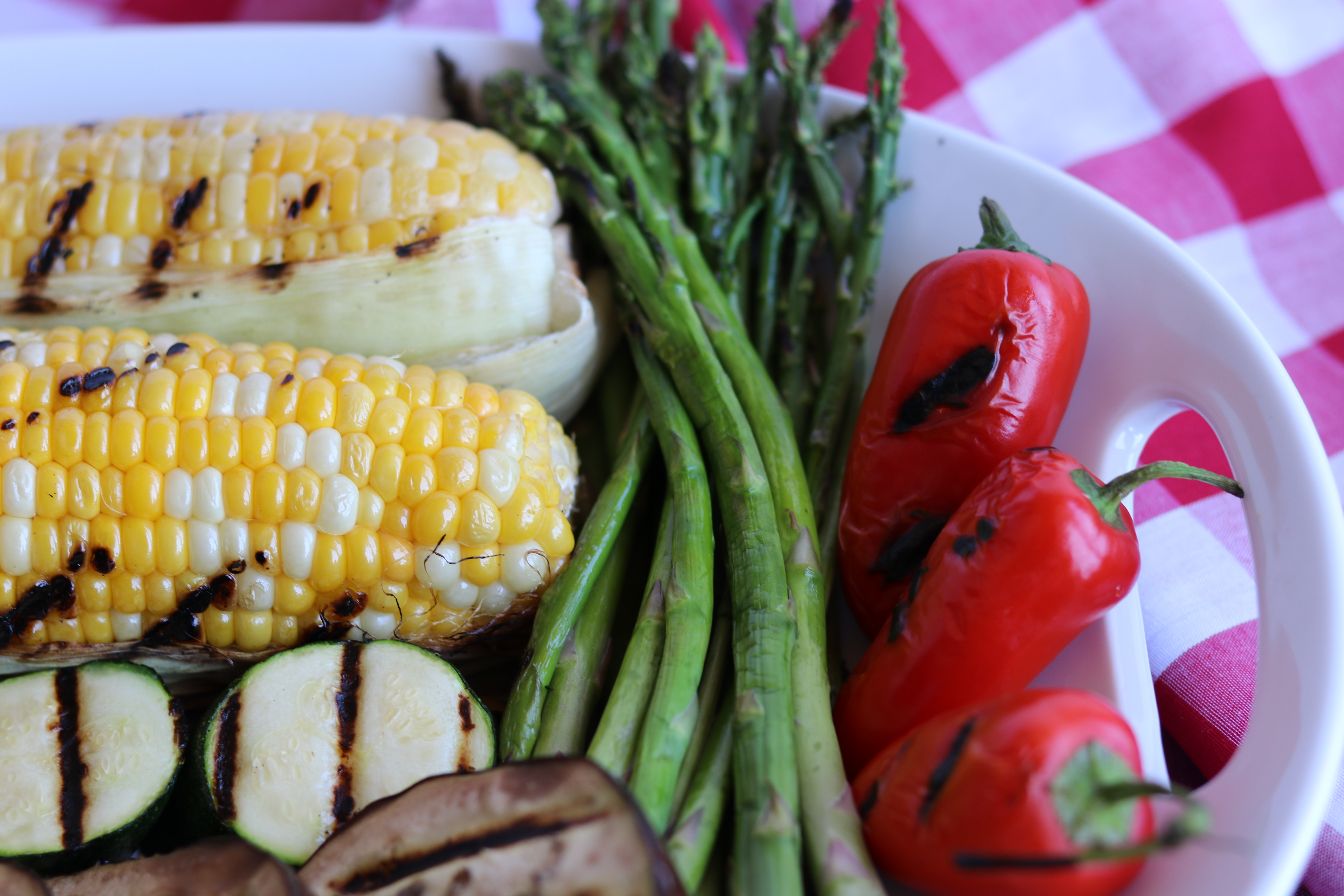 Another image of freshly grilled vegetables.