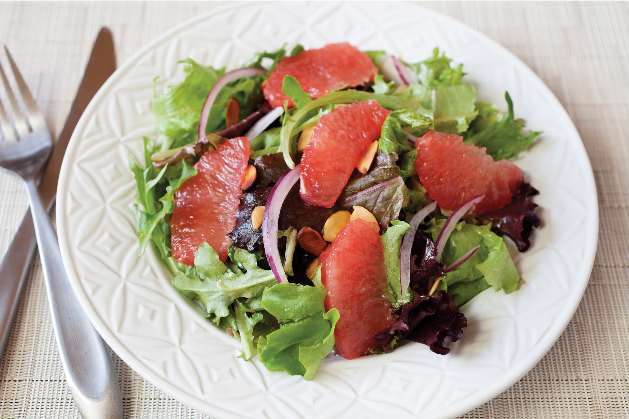 Mixed Green Salad with Grapefruit and Almonds